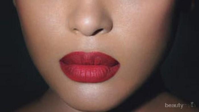 5 Lipstik Matte yang Tidak Membuat Bibir Kering