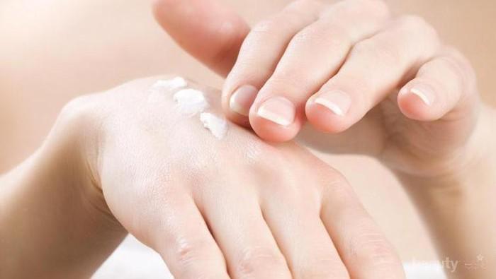 5 Rekomendasi Hand Cream untuk Kulit Kering