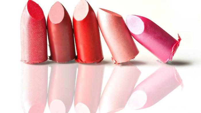 3 Lipstik Favorit Makeup Artist Papan Atas