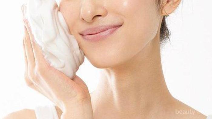 Rekomendasi Produk Sabun Wajah yang Efektif Hilangkan Komedo