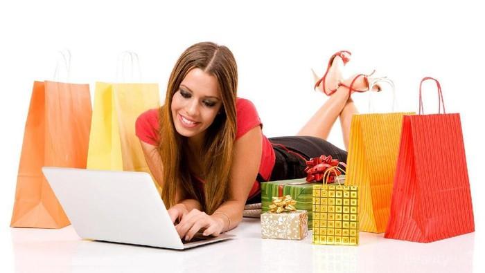 Tips Cerdas Belanja Produk Makeup Melalui Toko Online