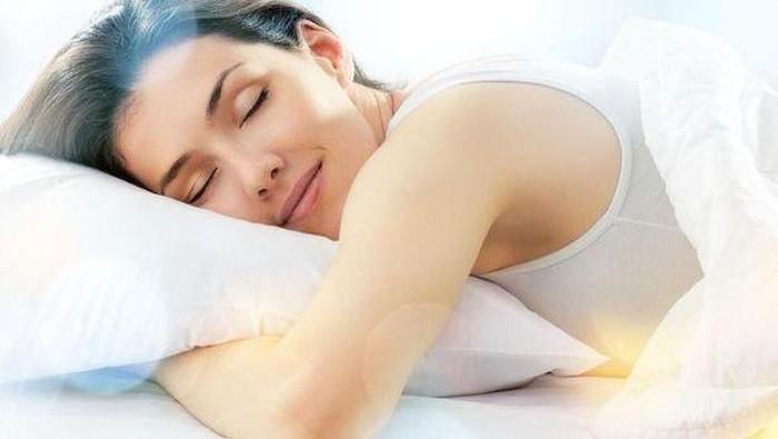 5 Tips Cantik Agar Mudah Terlelap di Malam Hari
