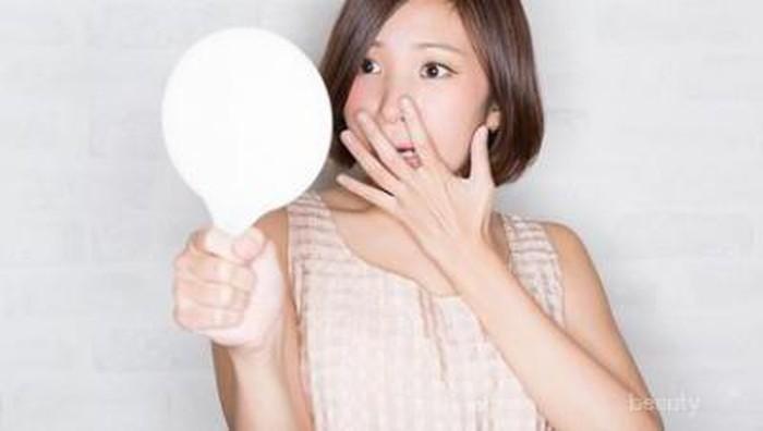 6 Hal yang Harus Dilakukan Setelah Tertidur Tanpa Membersihkan Makeup
