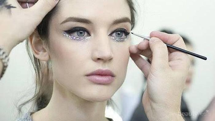 Yang Perlu Kamu Ketahui Tentang Retractable Eyeliner