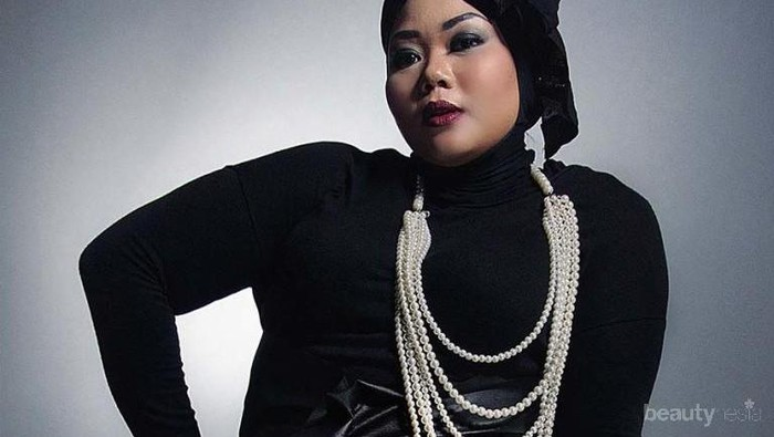 Tips Fashion Hijab Untuk Wanita Bertubuh Gemuk