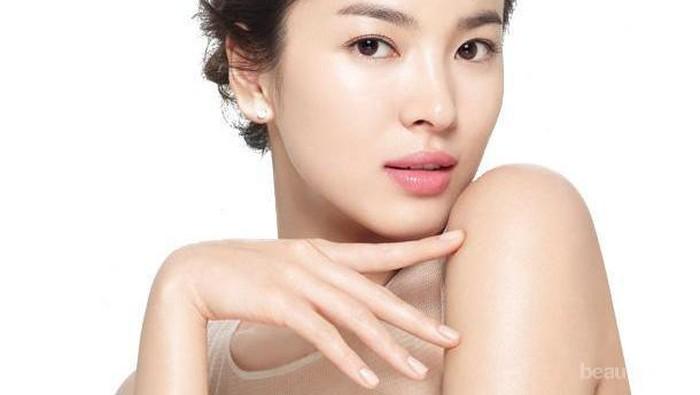 Tips Mudah Makeup Strobing untuk Pemula