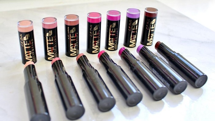 5 Rekomendasi Lipstick di Bawah Rp100 ribu