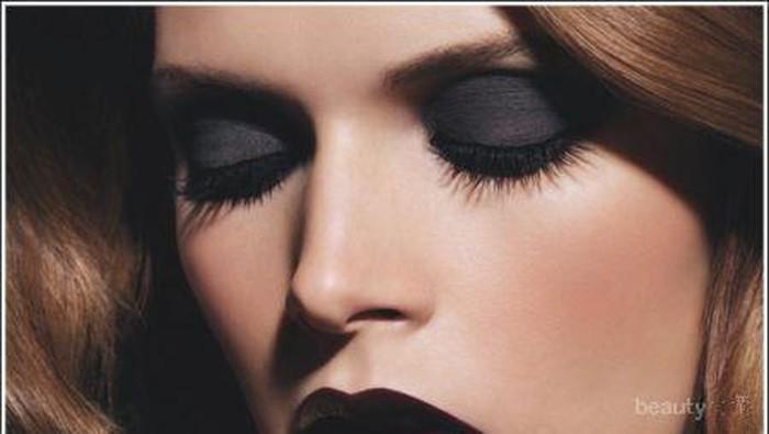 Gaya Makeup Gothic untuk Berbagai Kondisi