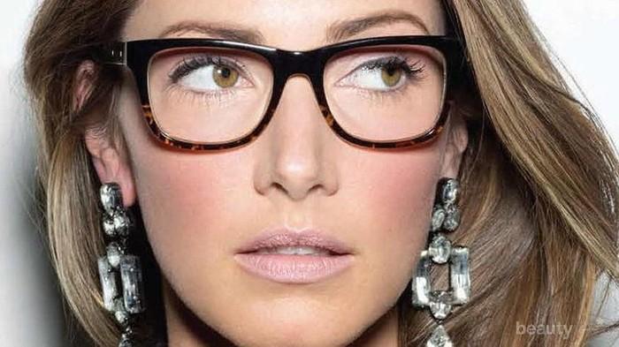 Tips Makeup untuk Si Cantik Berkacamata