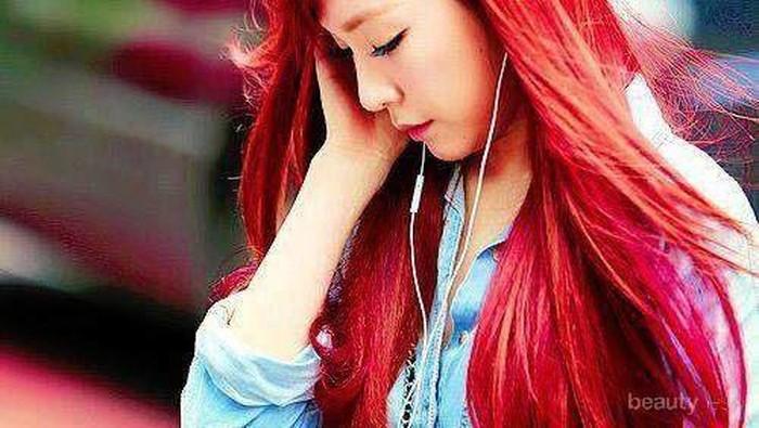5 Idol Korea yang Memukau dengan Rambut Merahnya