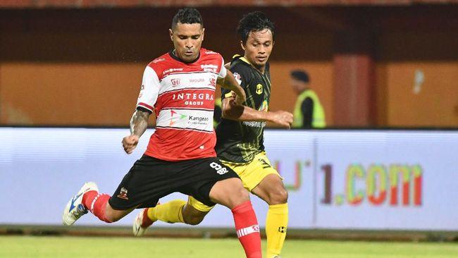 PT Liga Indonesia Baru memberikan respons soal izin keramaian dari kepolisian sebagai jaminan dilanjutkannya Liga 1 2020.