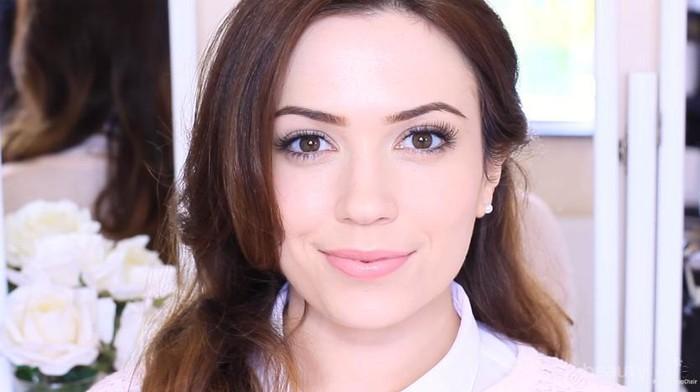 Makeup Dewy Glowing untuk Kulit Wajah Kering