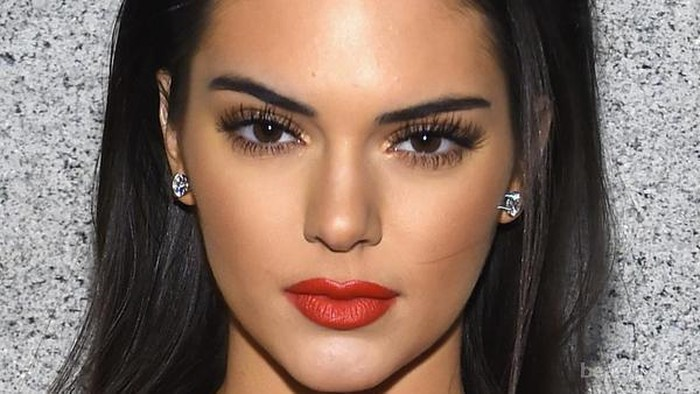 Tips Memilih Eyebrow Sesuai Warna Kulit