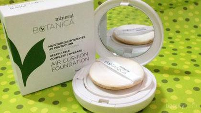 Review: Mineral Botanica Air Cushion Foundation