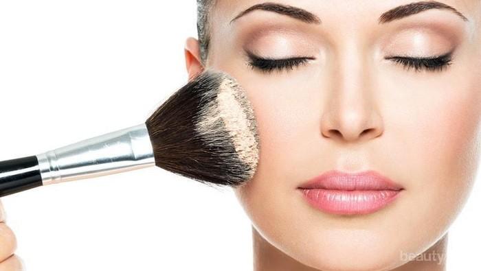 Tips Makeup Mudah untuk Atasi Wajah Kering Saat Puasa