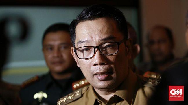 Gubernur Jawa Barat Ridwan Kamil menyatakan Kabupaten Bekasi bisa jadi contoh pelaksanaan vaksinasi Covid-19 di stadion.