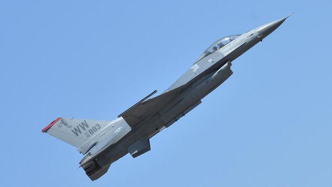 Boeing Co dan Royal Australian Air Force (RAAF) sukses melakukan uji terbang pesawat mirip jet tempur tanpa pilot Loyal Wingman.