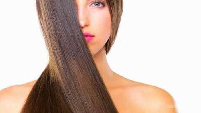 4 Kebiasaan yang Membuat Rambut Rusak