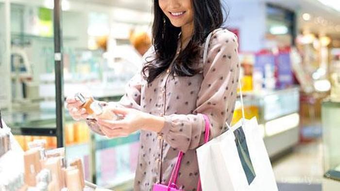 Cara Hemat Membeli & Menggunakan Produk Makeup