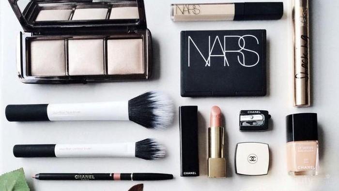 Beberapa Produk Makeup untuk Sehari-hari