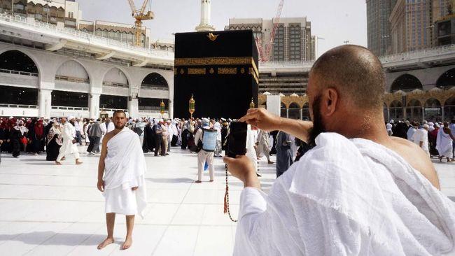 Kementerian Agama memastikan 42 jemaah umrah Indonesia yang masih di Arab Saudi dalam kondisi baik, dan berharap bisa segera pulang ke tanah air.
