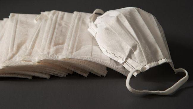 Polri menyita 61.550 lembar masker hasil penimbunan di 17 wilayah, dan berencana menjualnya ke masyarakat.
