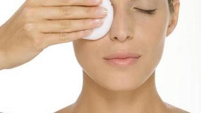 Make Up Remover Untuk Kulit Sensitif
