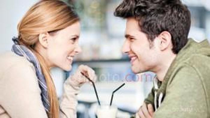 6 Hal Kecil Dari Wanita Yang Disukai Pria