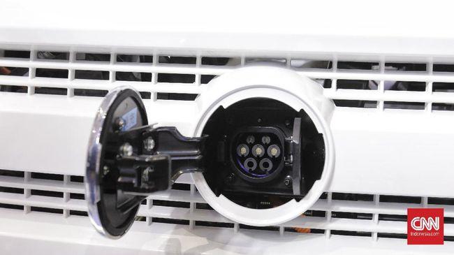 MIND ID atau holding BUMN tambang menginisiasi PT Indonesia Battery Holding untuk memproduksi baterai kendaraan listrik (EV).