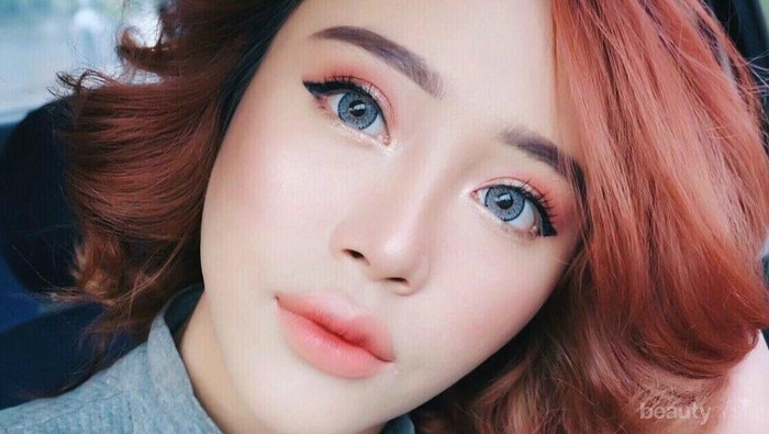 [FORUM] Tipe bibir kamu lebih cocok pakai lipstik ombre atau full lipstick?