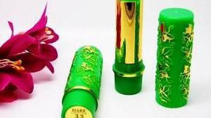 Masih Ada yang Pakai Lipstik Arab?