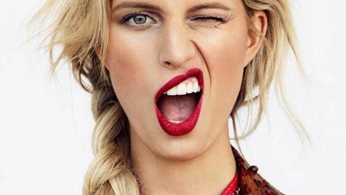 Supaya Tak Kusam, Inilah Warna Lipstick yang Cocok untuk Kulit dengan Cool Undertone