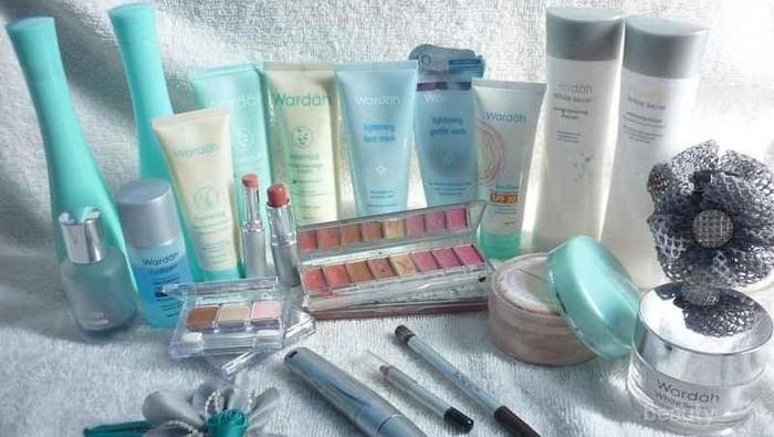 Apa Makeup Lokal Favoritemu Ladies?