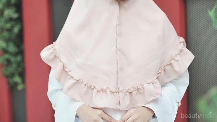 Yuk Tampil Modis Dengan Hijab Bergo Yang Lagi Hits Ini