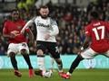 Rooney Ingin Liverpool Juara, Tapi Liga Inggris Harus Setop
