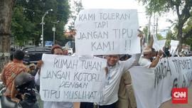 Warga Protes IMB Gereja Tlogosari, LBH Sebut Intoleran