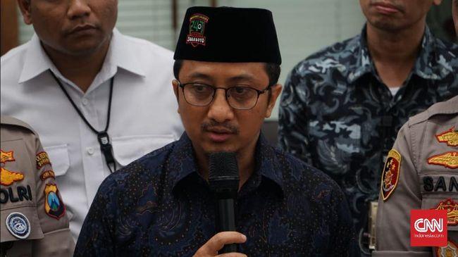 Yusuf Mansur memaparkan dugaan penipuan pembelian saham PT Bank BRIsyariah Tbk (BRIS) yang mengatasnamakan dirinya.