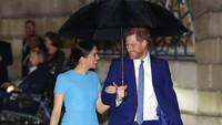 <p>Sebelum masa tugasnya berakhir pada 31 Maret mendatang, pasangan Kerajaan Inggris, Pangeran Harry dan Meghan Markle menghadiri Endeavour Fund Awards pada 6 Maret lalu. (Foto: AP Photo/Kirsty Wigglesworth)</p>