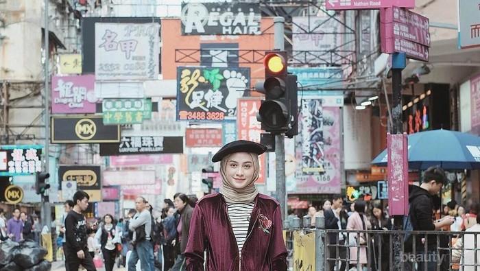 Jalan-Jalan Ke Luar Negeri, Ini Perbedaan Fashion Para Selebgram Hijab!