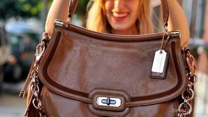 Yuk Intip 5 Cara Mudah Atasi Resleting Tas yang Rusak!