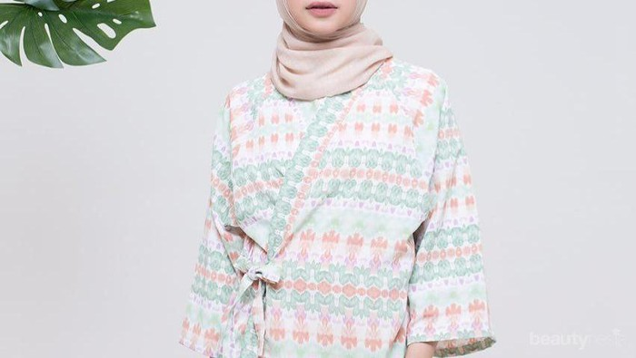 Cek 3 Rekomendasi Online Shop yang Menjual Kimono Hijab Murah dengan Motif Super Lucu Ini!