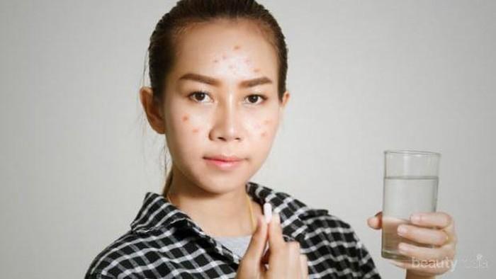 [FORUM] Girls, lebih pilih skincare dari luar atau minum vitamin kulit?
