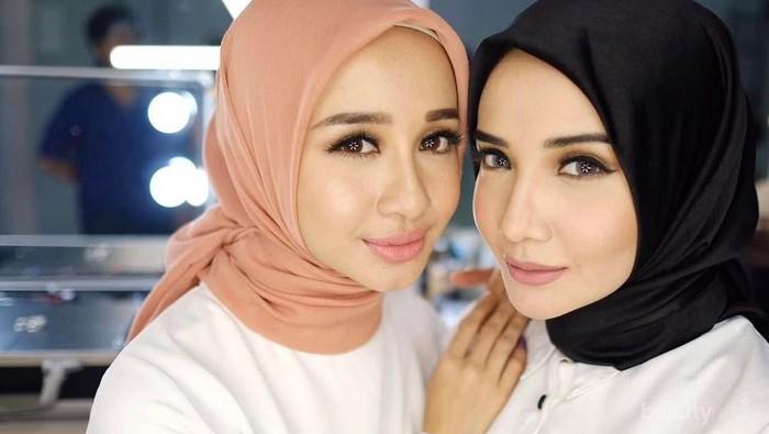 Ikuti Tips Ini untuk untuk Gaya Hijab Sehari-hari yang Super Simple Tapi Terlihat Fashionable