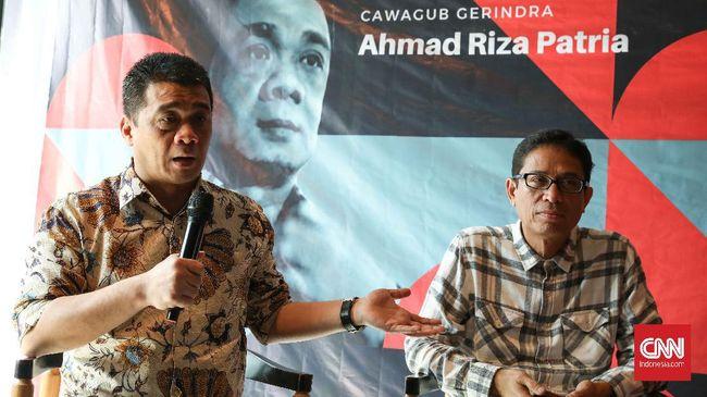 Wagub DKI Jakarta Ahmad Riza Patria menyebut 54 alat berat dikerahkan untuk mengeruk waduk supaya ancaman banjir bisa dikurangi.