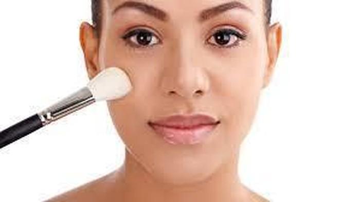 Primer Wardah VS Primer Maybelline Baby Skin, Ketahui Produk Mana yang Lebih Unggul!