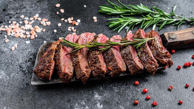 Membuat daging empuk bisa dilakukan dengan mudah. Berikut sejumlah cara mengolah daging agar cepat empuk.