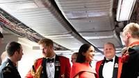 <p>Pangeran Harry dan Meghan ikut bersama para veteran bertemu dengan para musisi, komposer dan konduktor Massed Bands. (Foto: Instagram @sussexroyal)</p>