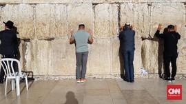 Israel Tutup Perbatasan, WNI Rombongan Holyland Terjebak