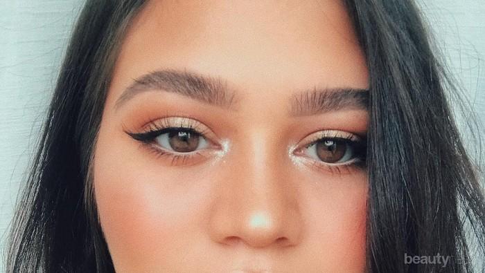 Enggak Menor, Ini 4 Make Up Look Simpel ala Sarah Ayu yang Bisa Kamu Tiru!