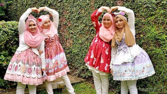 [FORUM] Kawai! Komunitas 'Hijab Lolita' Viral di Jepang